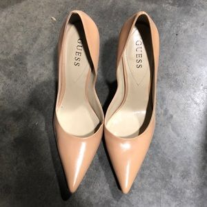 Guess beige/tan Carrie Heel 8.5! New without box~